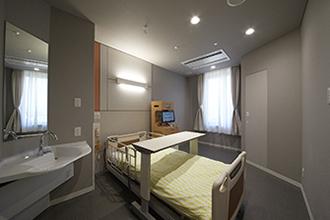 個室(B)
