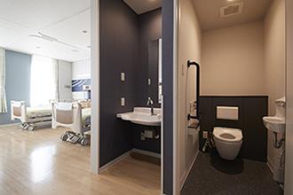 4床病室(洗面・トイレ)